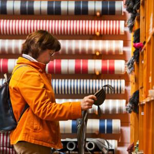 Bolstertyger metervara. Design Lena Raholt i butiken i Klässbol