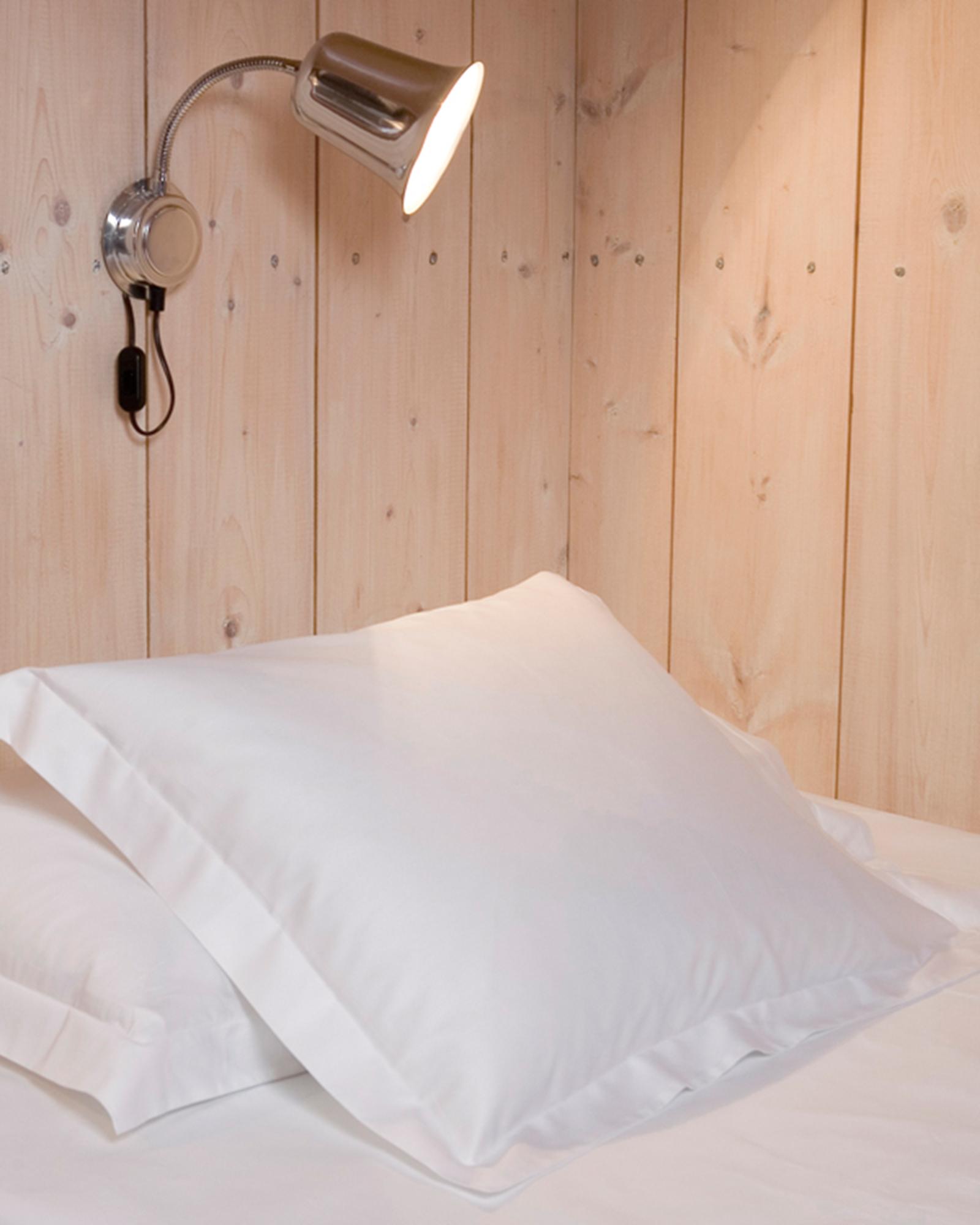 Gastaldi raso sängkläder Klässbols Linneväveri vit