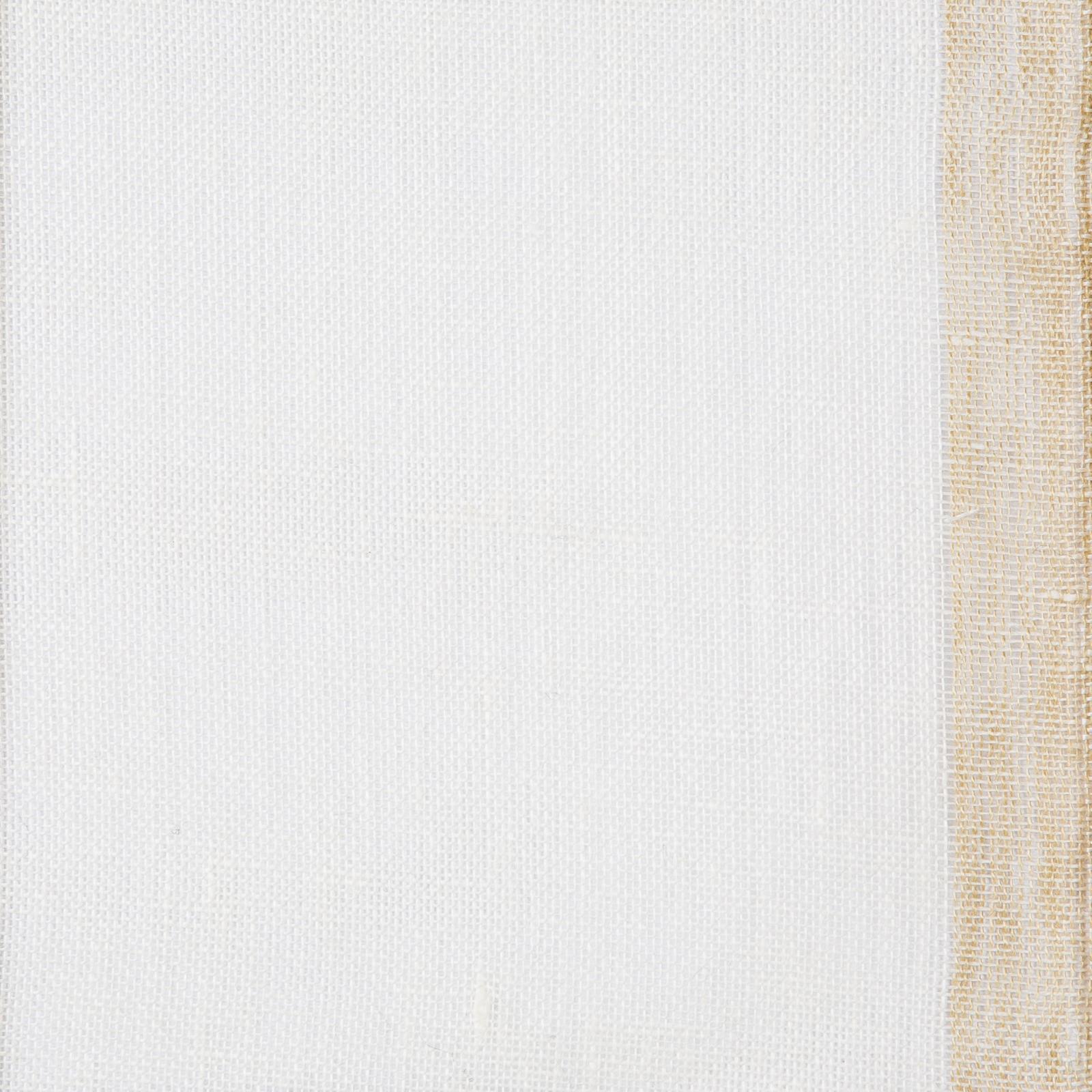 Gryning (skimmer) linnegardin av Eva Jemt Klässbols Linneväveri. Vit med beige kant