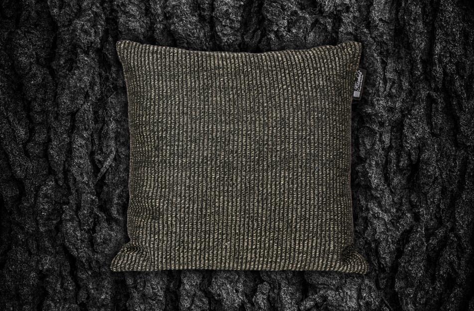 Norrland kudde Klässbols Linneväveri Lena Bergström Bark 83 svart bak fram