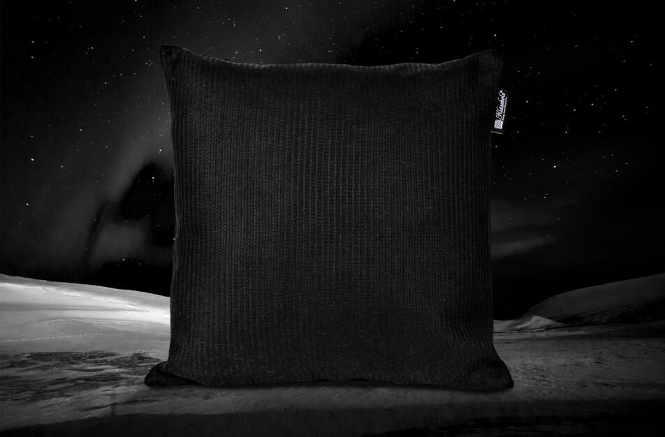 Norrland kudde Klässbols Linneväveri Lena Bergström Natt svart bak fram