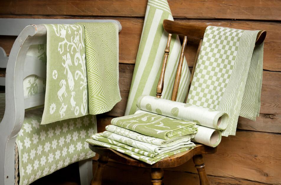Blandade produkter i linblomsgrön Klässbols linneväveri