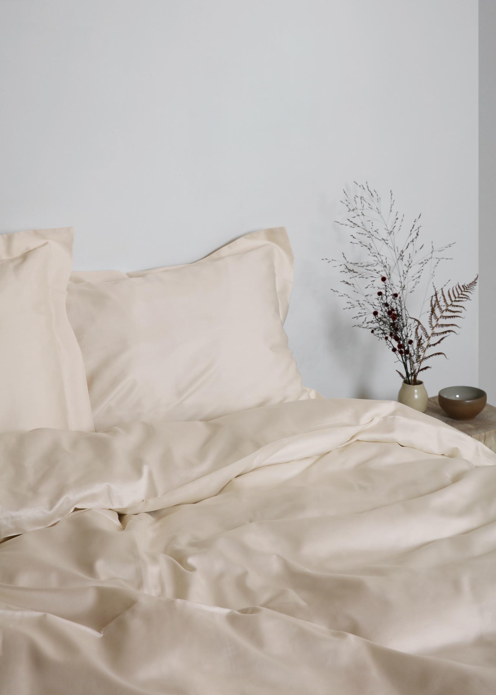 Gastaldi Raso Italienskt sänglinne, Klässbols Linneväveri kuddvar cereme